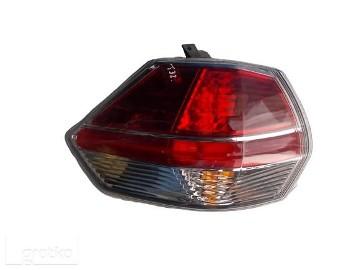 NISSAN X-TRIAL T32 LAMPA TYLNA LEWA