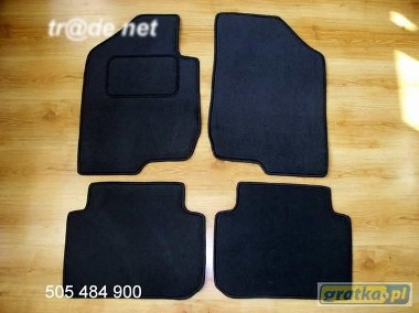 Kia Carens III od 11.2006 do 2013 r. najwyższej jakości dywaniki samochodowe z grubego weluru z gumą od spodu, dedykowane Kia Carens-1