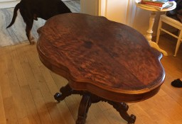 Stół w b.ładnej stylizacji Biedermeieru