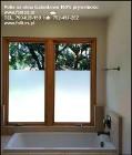 Zasłaniamy okno w łazience -Co na okno łazienkowe? Folkos folie matowe i dekoracyjne Oklejanie szyb Warszawa i okolice