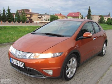 Honda Civic VIII 1.8 Executive z NIEMIEC-140 KM, POMARAŃCZ.