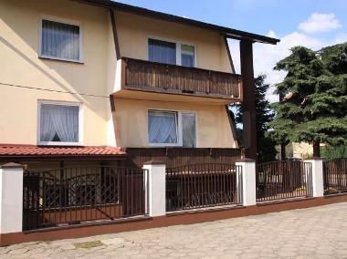 Dom Złoczew-1
