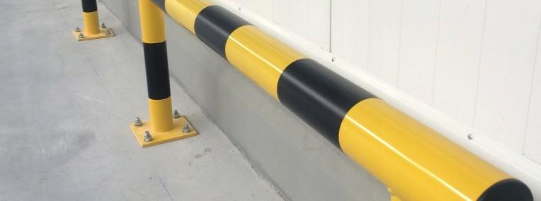 Zabezpieczająca barierka odbojnica prosta liniowa-1