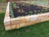 Kamień murowy murak rzędowy cięty łupany z kamienia naturalnego piaskowca