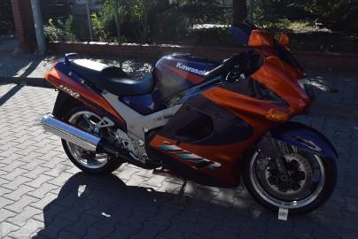 Kawasaki ZZR 1100 piękny stan, cały oryginał, KSIĄŻKA, 1 ręka, z DE