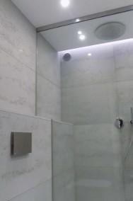 Beton architektoniczny w łazience - płyty betonowe do łazienki Luxum-2