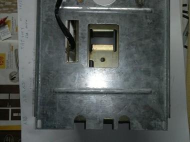 Napęd silnikowy do wyłącznika kompaktowego-1