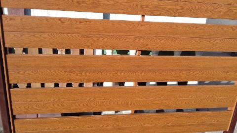 Ogrodzenia, balustrady drewnopodobne
