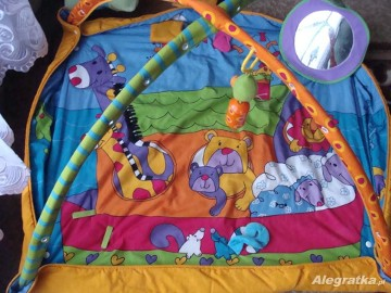 mata edukacyjna plac zabaw Kick & Play Tiny Love