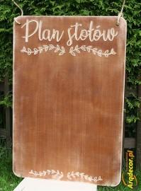 Rustykalna tablica z napisem Plan Stołów, rustykalne dekoracje