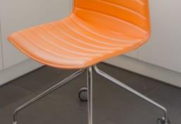 Krzesło skórzane Arper CATIFA 46