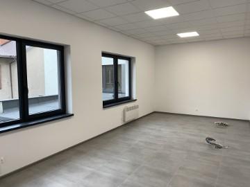 Lokal pod gabinet stomatologiczny  34m2  Zgierz Długa 5 CENTRUM