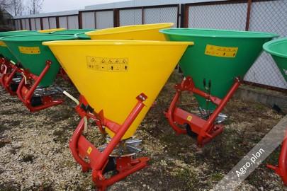Rozsiewacz do nawozów Lejek 300 - 500 litrów 6 łopatek Transport