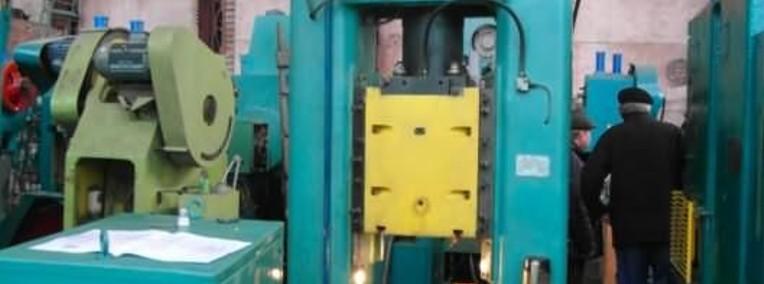 prasa cierno-srubowa FB-1732 - 160 ton-1