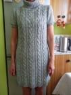 (40/L) Firmowa, szara, dzianinowa sukienka z golfem z Londynu