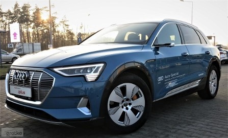 Audi e-tron advanced 55 quattro 300,00 kW ( 408 KM) Head-up