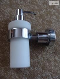 dozownik do mydła w płynie firmy Hansgrohe Axor