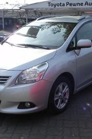 Toyota Verso-2