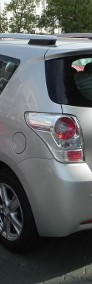 Toyota Verso-4