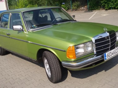 Mercedes-Benz W123 ZABYTEK - SUPER-1
