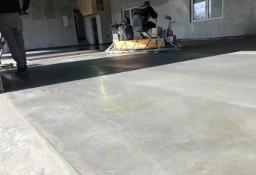 Posadzki przemysłowe zacierane beton miotełkowany kucie betonu prace ziemne