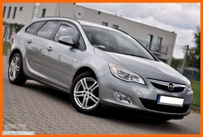 Opel Astra J Ładne i Zadbane Kombi__1.6 benzyna__Klima* Elektryka* Tempomat*
