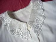 Biała Koszula Z Koronkowym Kołnierzykiem 46 48