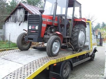 transport lawetą ciągników rolniczych Dobre/Jakubów