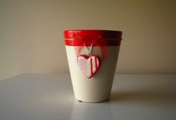 Ceramiczne naczynko osłonka na doniczkę z serduszkiem wazon – Walentynki