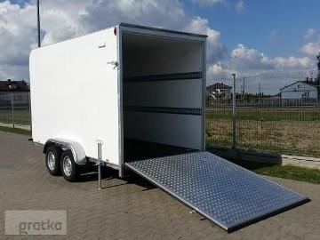 TP-024 TFS 360T.01, furgon izolowany, sandwich, 360 x 180 x 200 cm, tył trap najazdowy