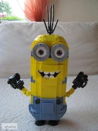 Minionek Kevin – klocki Zbuduj Minionka Mega Bloks 776 elementów