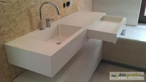 Aranżacje łazienek we włoskim stylu Umywalki i blaty łazienkowe CORIAN