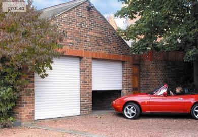Brama garażowa segmentowa 240x200cm tłoczenie poziome wąskie