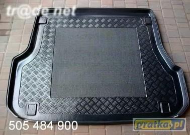 FORD MONDEO MK3 TOURNIER kombi mata bagażnika - idealnie dopasowana do kształtu bagażnika Ford Mondeo