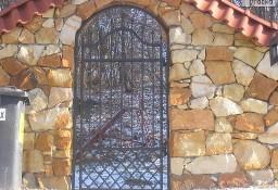 Ogrodzenia z piaskowca kamień budowlany murowy rzędowy piaskowiec