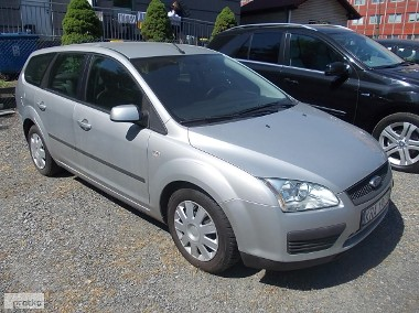 Ford Focus II-1