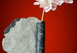 Wiszący wazon ceramiczny w kształcie zwinietego liścia lotosu
