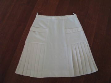 Plisowana spódnica z zakładkami, kolor ecru, rozmiar 46 / XXL