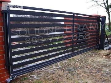 Brama automatyczna, brama przesuwna z napędem Beninca BULL8