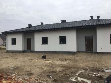 Dom Sierosław, ul. Zakole