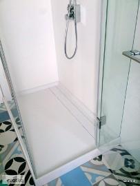 Brodziki nietypowe i kabiny prysznicowe na zamówienie, na wymiar
