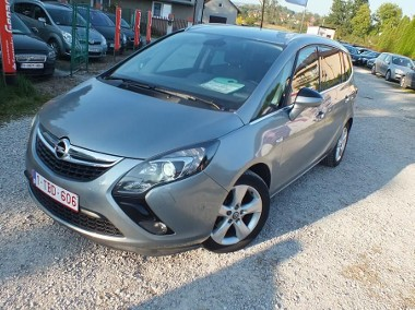 Opel Zafira C-1