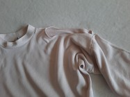 Bluzka  z wycięciami na ramionach  S  Zara