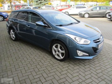 Hyundai i40 1.7 CRDi Premium NAWI, ALU , XENON BEZWYPADKOWY !