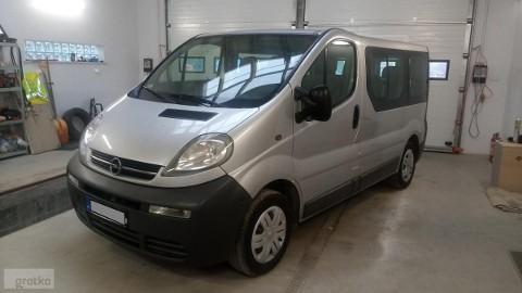 Opel Vivaro I 9 osób