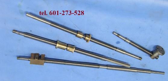 Śruba suportu narzędziowego do tokarki TUM 35D1 tel.601273528